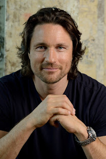 Martin Henderson Girlfriend, Wiki, Biography, Wife and Married Life