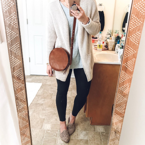 style on a budget, instagram roundup, mom style, fall fashion, what to wear for fall, what to buy for fall, fall outfit ideas, north carolina blogger