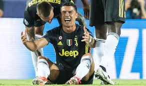 Cristiano Ronaldo sent off for the first time in his 154 Champions League games as Juventus beat Valencia 2:0