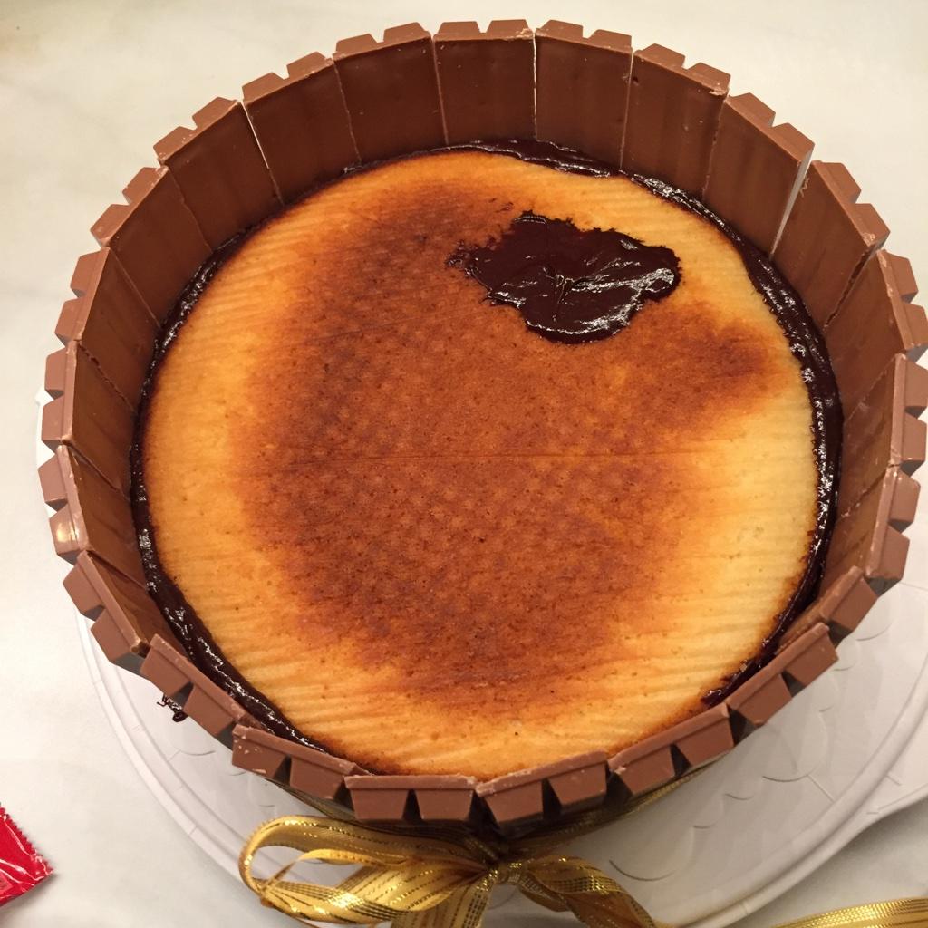 Pâtisserie nadine: schweinchen schwimmbad torte für nanouk (vegan)