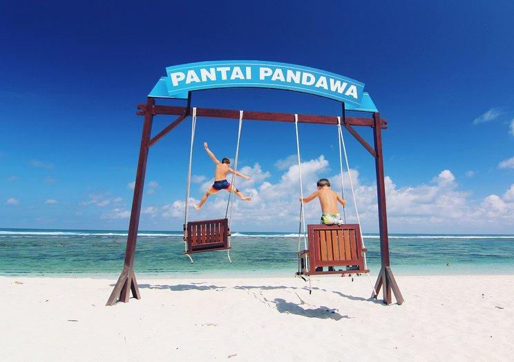 Potret Keindahan Pantai Pandawa Bali