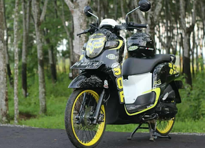 Modifikasi Scoopy Thailook
