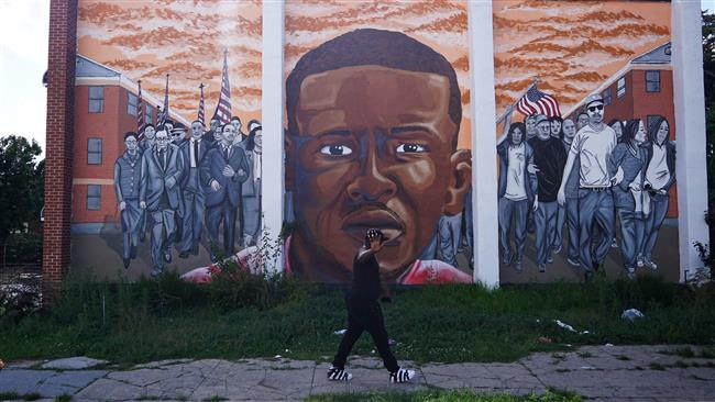 US Department of Justice will not prosecute officers in Freddie Gray's death