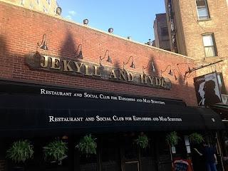 EL CLUB DEL DR. JEKYLL Y HYDE
