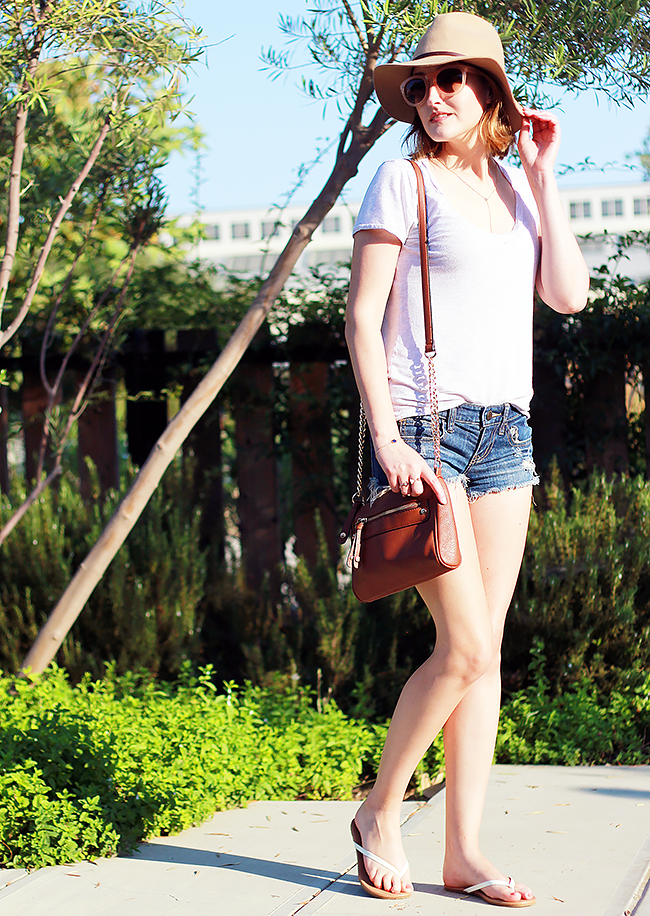 A Good Hue: Casual Summer Weekend Outfit