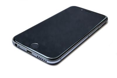 Thay mat kinh iPhone 6 gia re