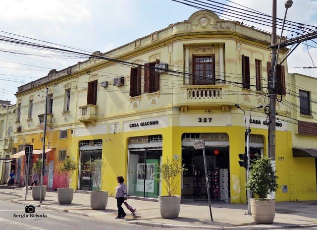 Vista ampla de Casarão antigo na Rua do Gasômetro - Brás - São Paulo
