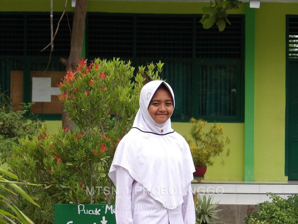 Biodata Sundus Bahiroh Basya Ketua Osis 2017 2018 Mtsn 1
