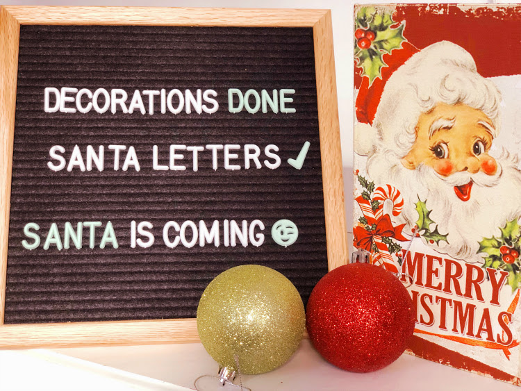A Vintage Nerd, Vintage Blog, Vintage Christmas, Vintage Christmas Decor, Retro Christmas Holiday Decor