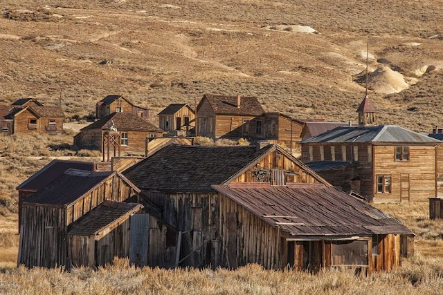 The forgotten towns of the world