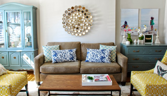 Rambling Renovators | living room blue yellow