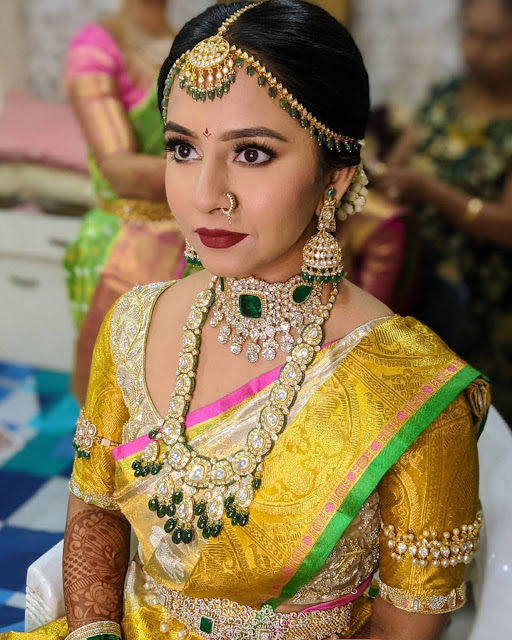 Gorgeous Bride in Polki Haram Diamond Vaddanam