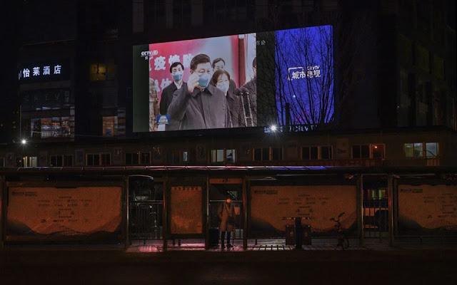 Trong lúc dịch bệnh Covid-19 hoành hành, Trung Quốc tuyên truyền đang 'giải cứu thế giới'