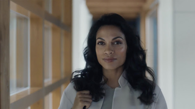 TUMI & Rosario Dawson Celebrate Womanhood In Recent Campaign Edited By Cut+Run s Gary Knight For Agency EP+Co
