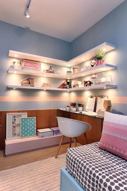 bedroom-shelves-with-lighting