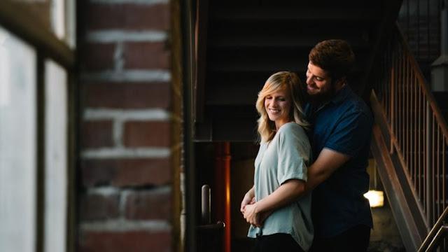 9 Obrolan Cowokmu yang Jadi Tanda Dia Ingin Kamu Jadi Istrinya, Tinggal Tunggu Dilamar Saja