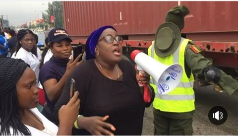 Protesters in Lagos call for pastor Biodun Fatoyinbo to step down following the rape allegations (photo)