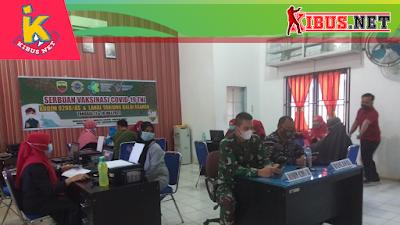 Serbuan Vaksinasi TNI  Lanal Tanjungbalai Asahan Bersama Kodim 0208/AS di Puskesmas Aek Song Songan