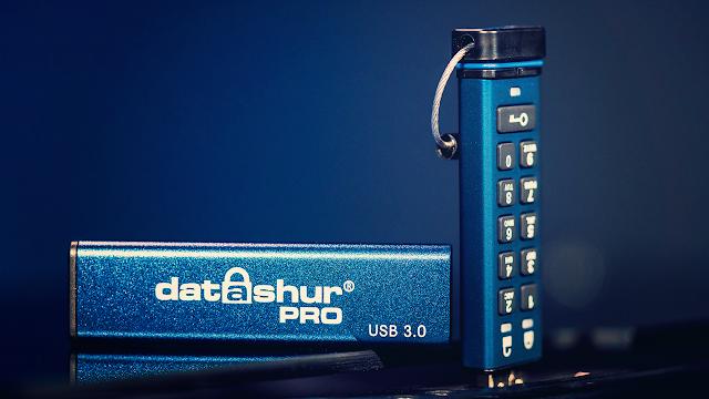 مراجعة iStorage datashur PRO افضل مفتاح USB في العالم يقوم بتشفير وحماية بياناتك الشخصية !