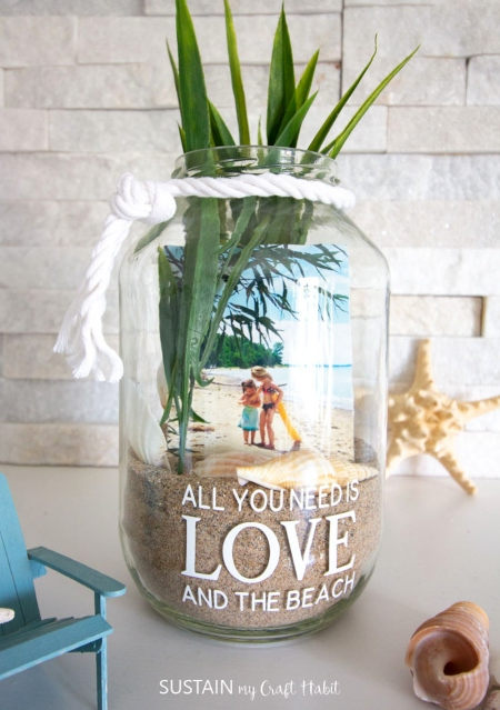 3 D Photo Display Ideas In Vases Jars For Beach Memory Keeping Coastal Decor Ideas Interior Design Diy Shopping