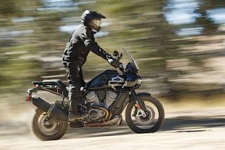 Harley-Davidson-Pan-America-1