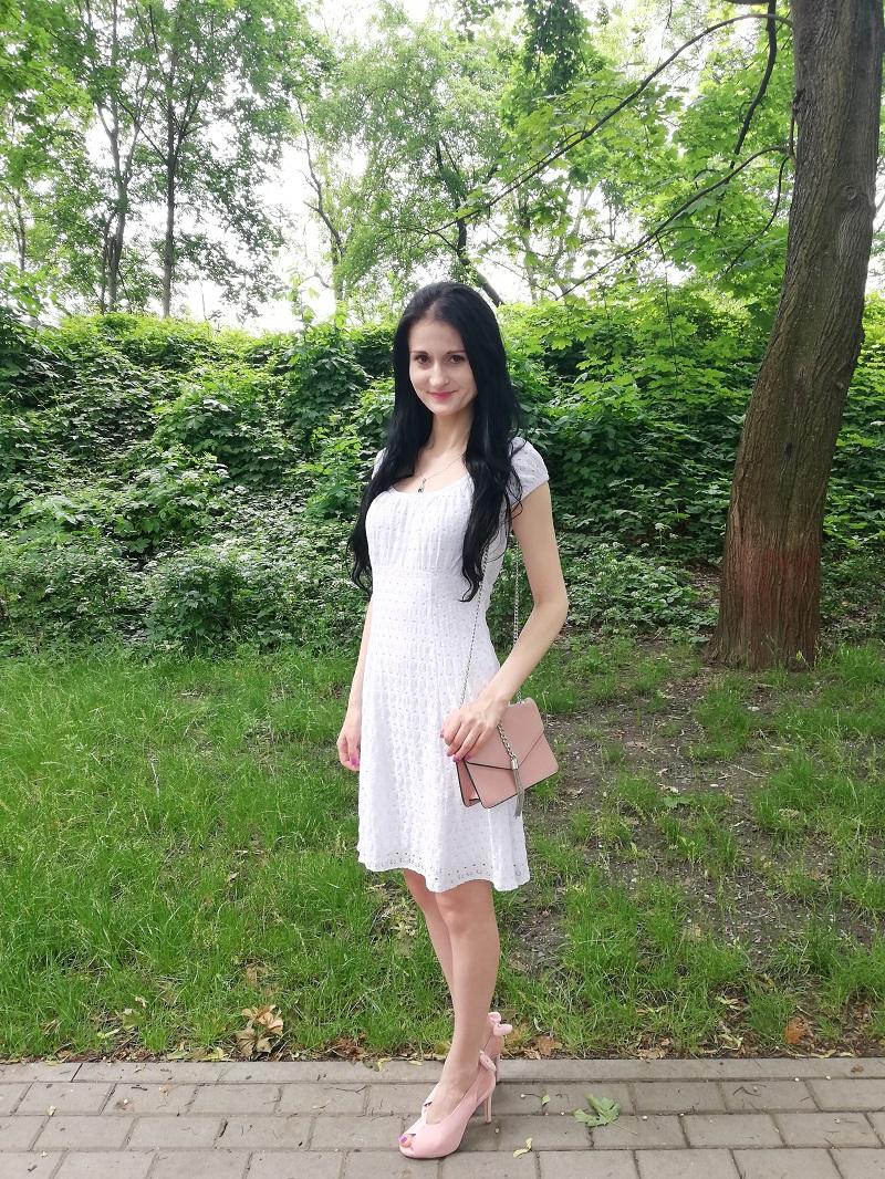 Orsay biała sukienka z ażurem