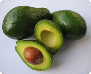 Avocado  - excelent start in diversificare pentru bebelusi