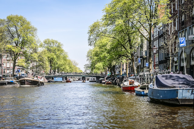 canals of amsterdam, mandy charlton, photographer, writer, blogger, 5 views you must see before you die, travel photography