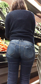 Mujeres caderonas marcando calzon pantalones apretados