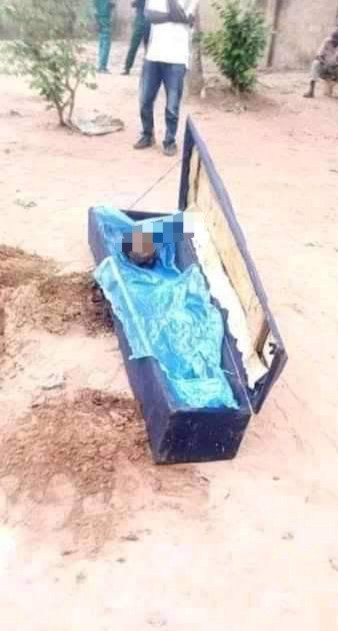 Man wanted for cutting off his mother's head and Buries Her In A Shallow Grave In Enugu (Photos)
