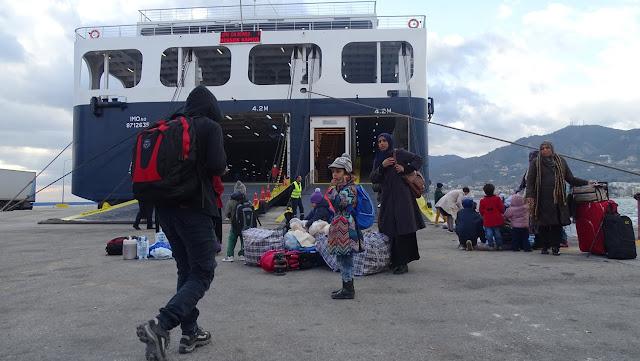 Συνελήφθη αρχιφύλακας που προμήθευε με πλαστά έγγραφα αλλοδαπούς αιτούντες άσυλο στη Λέσβο
