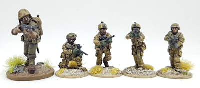 28mm 20mm miniatures comparison