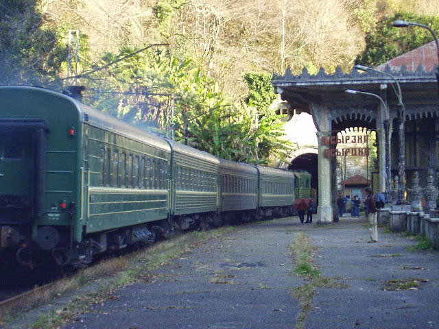 Rusia busca restablecer el tren con Armenia: Sokolov
