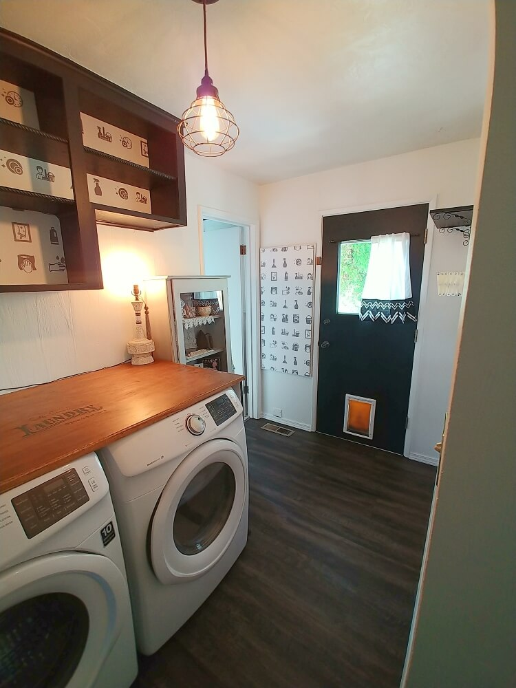 Laundry Room Makeover - Walls and Cabinets