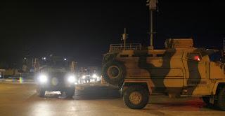 الجيش التركي يرسل قوات كوماندوز إلى وحداته على الحدود السورية (فيديو)