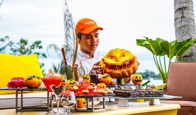 Wow Seru Pastinya Pesta BBQ Harr-O-Ween di HARRIS Resort Barelang