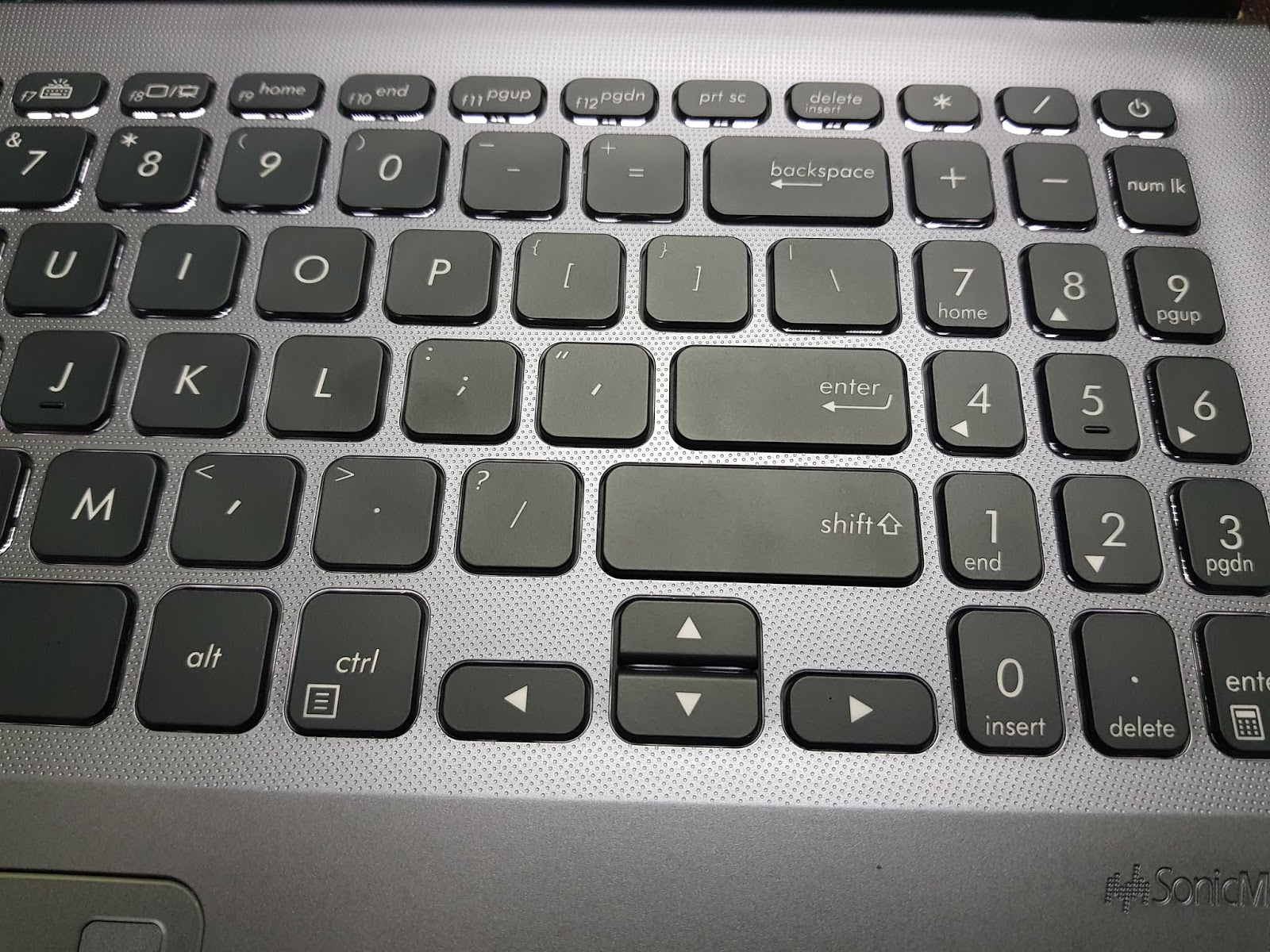 Asus VivoBook 15 X512F Review - Tech Updates