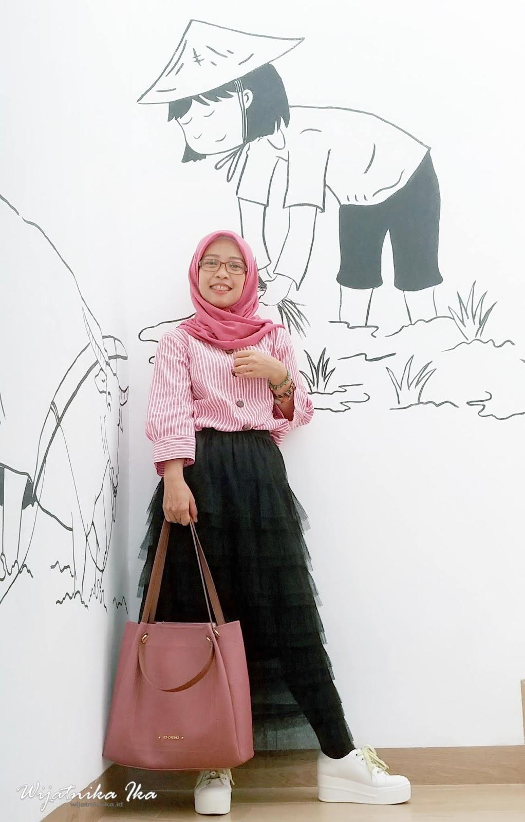 Outfit Simple Buka Puasa Bersama: Temu Kangen Danone Blogger Academy Angkatan 2017 & 2018