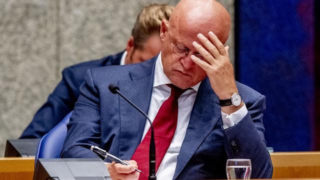 وزير العدل والأمن الهولندي ينجو من حجب الثقة عنه في البرلمان
