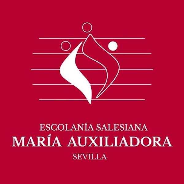 La Escolanía Salesiana María Auxiliadora en el Vía Crucis Oficial de la Semana Santa de Sevilla 2019
