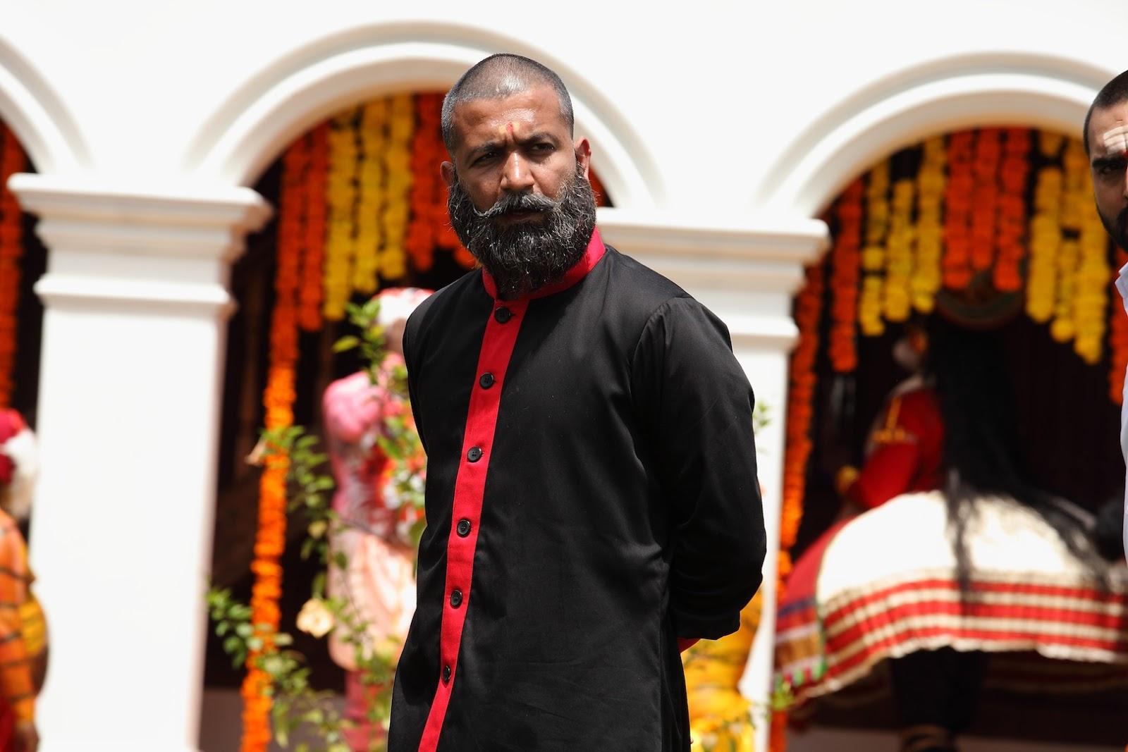 Uday Chopra Body GRAND MASTER Headmaste...