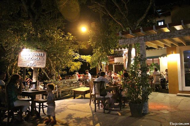 reveillon Búzios restaurante pet friendly porto da barra viagem com cachorro