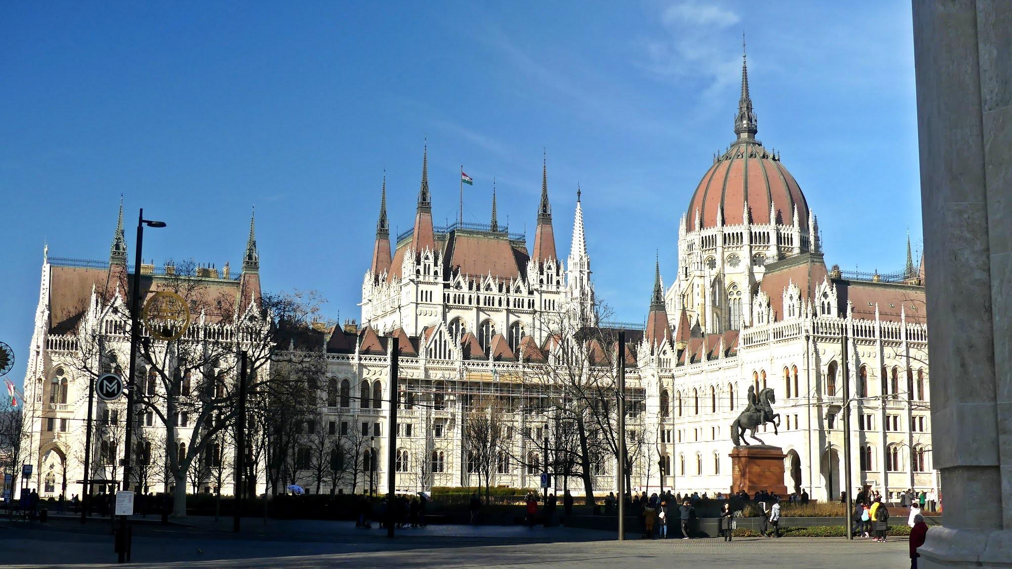Budapeszt na weekend atrakcje Parlament