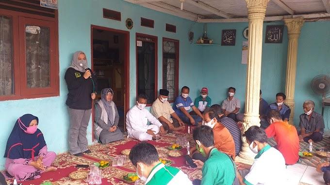 Qonita Ajak Warga Bedahan Menangkan Paslon Idris-Imam