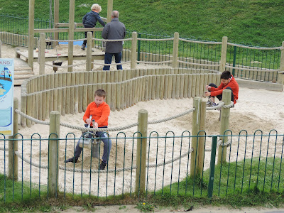 ducks island playpark splash point worthing