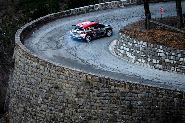 Fantastic photo of rally car on monte carlo road
