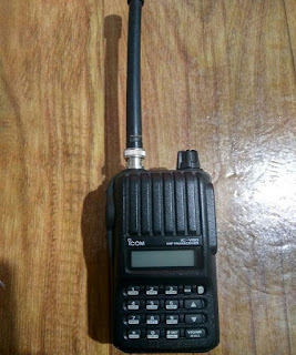 Sewa HT Handy Talky Icom IC-V80