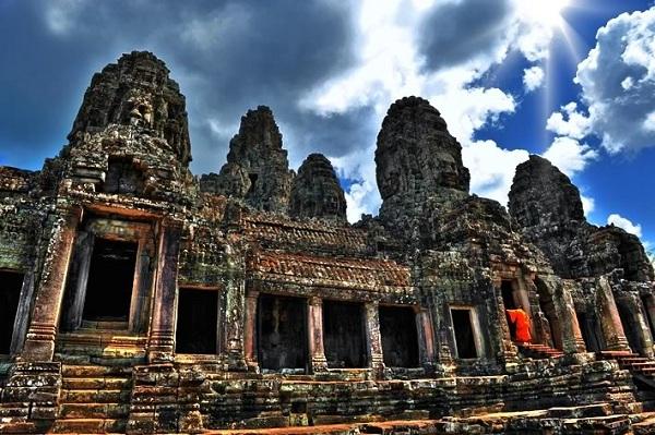 Công trình kiến trúc cổ độc đáo của người Khmer