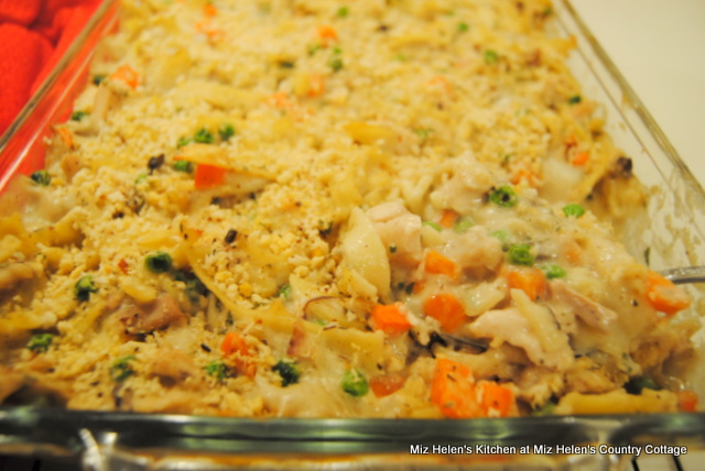 Miz Helen's Chicken Noodle Casserole at Miz Helen's Country Cottage