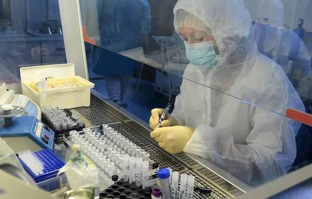 Russia registers first COVID-19 vaccine, Putin's daughter inoculated